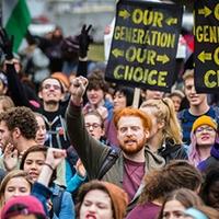 Y-generáció – Ez a Törékeny Nemzedék?