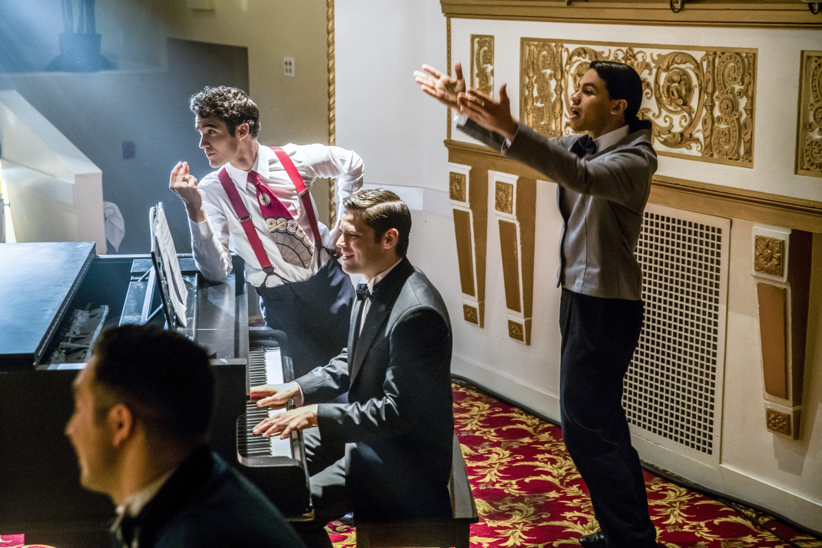 The Flash -- 'Duet' -- FLA317b_0405b.jpg -- Pictured (L-R): Darren Criss as Music Meister, Jeremy Jordan as Winn Schott and Carlos Valdes as Cisco Ramon -- Photo: Jack Rowand/The CW -- © 2017 The CW Network, LLC. All rights reserved.
