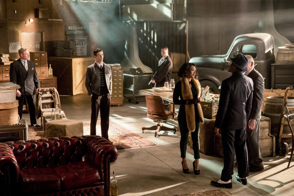 The Flash -- 'Duet' -- FLA317c_0205b.jpg -- Pictured (L-R): Grant Gustin as Barry Allen, Candice Patton as Iris West, Jesse L. Martin as Detective Joe West and Victor Garber as Professor Martin Stein -- Photo: Jack Rowand/The CW -- © 2017 The CW Network, LLC. All rights reserved.