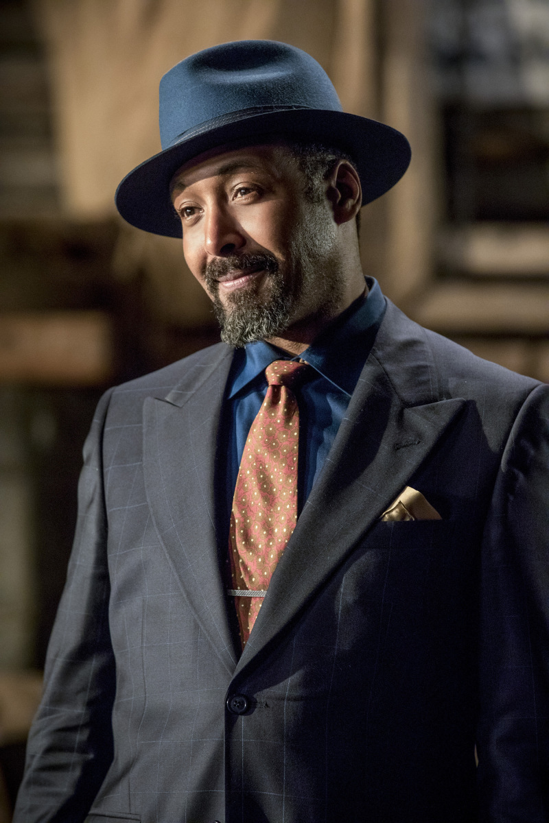 The Flash -- 'Duet' -- FLA317c_0534b.jpg -- Pictured: Jesse L. Martin as Detective Joe West -- Photo: Jack Rowand/The CW -- © 2017 The CW Network, LLC. All rights reserved.