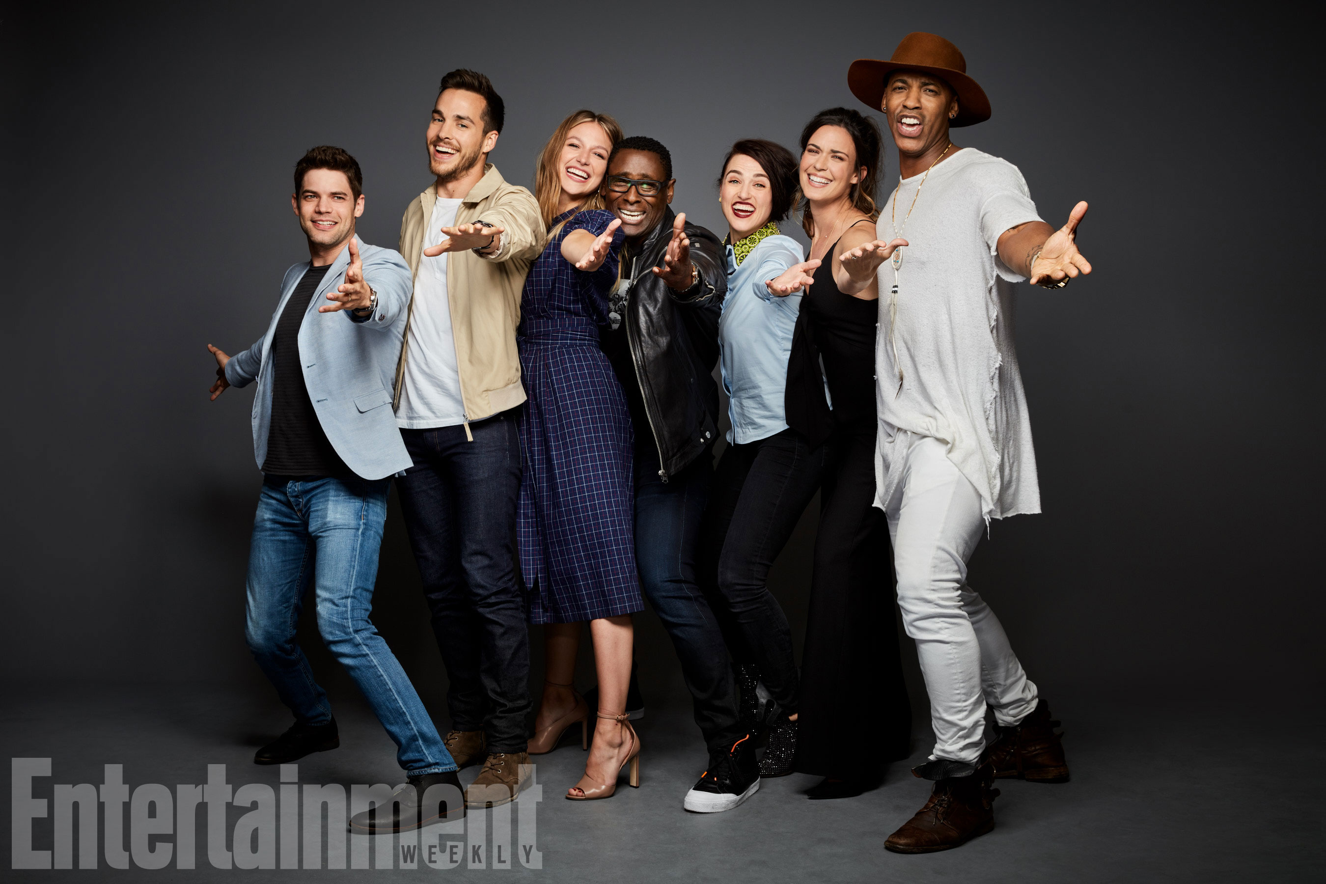 Jeremy Jordan, Chris Wood, Melissa Benoist, David Harewood, Katie McGrath, Odette Annable és Mehcad Brooks (Supergirl)