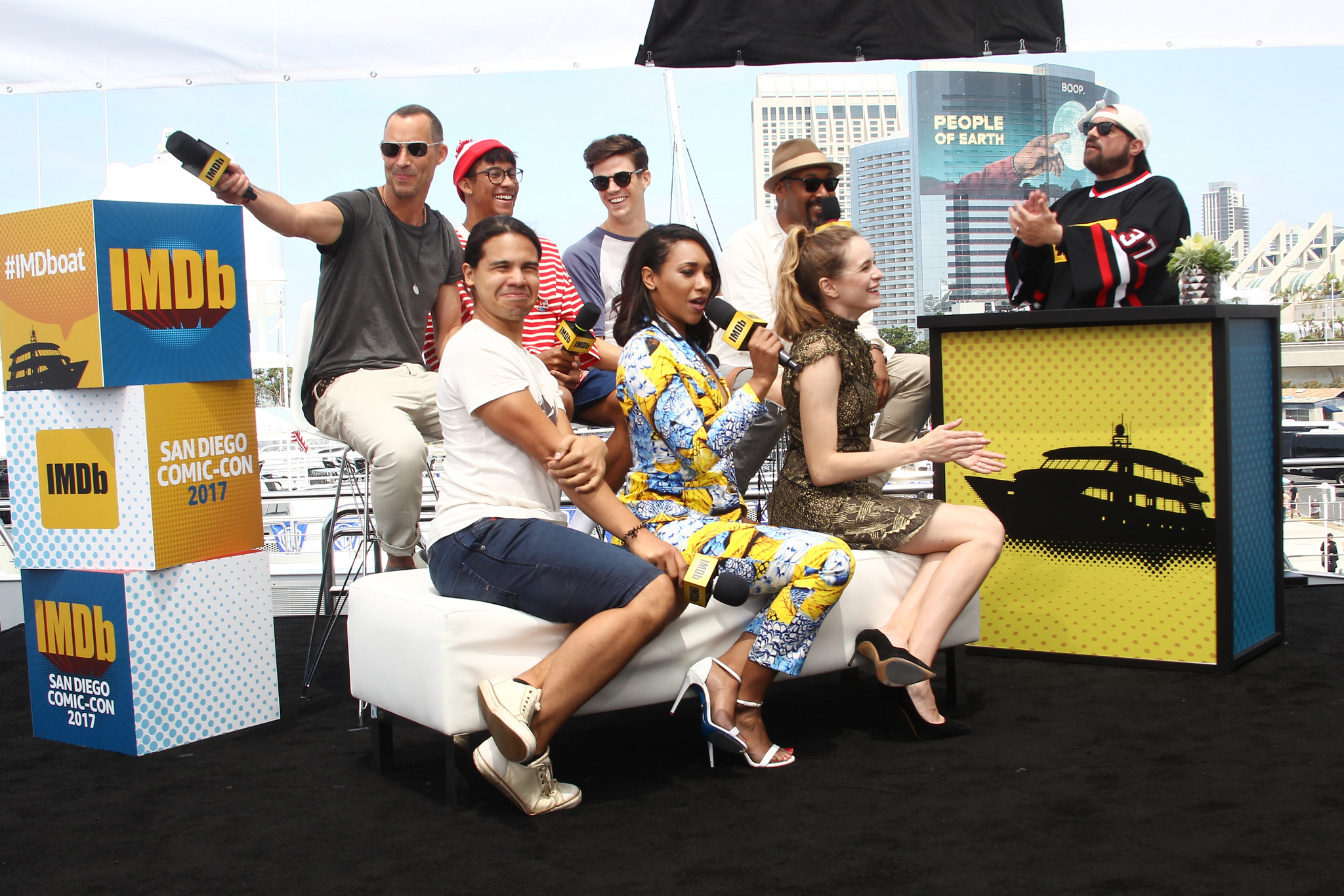 Kevin Smith, Tom Cavanagh, Danielle Panabaker, Jesse Martin, Grant Gustin, Candice Patton, Keiynan Lonsdale és Carlos Valdez