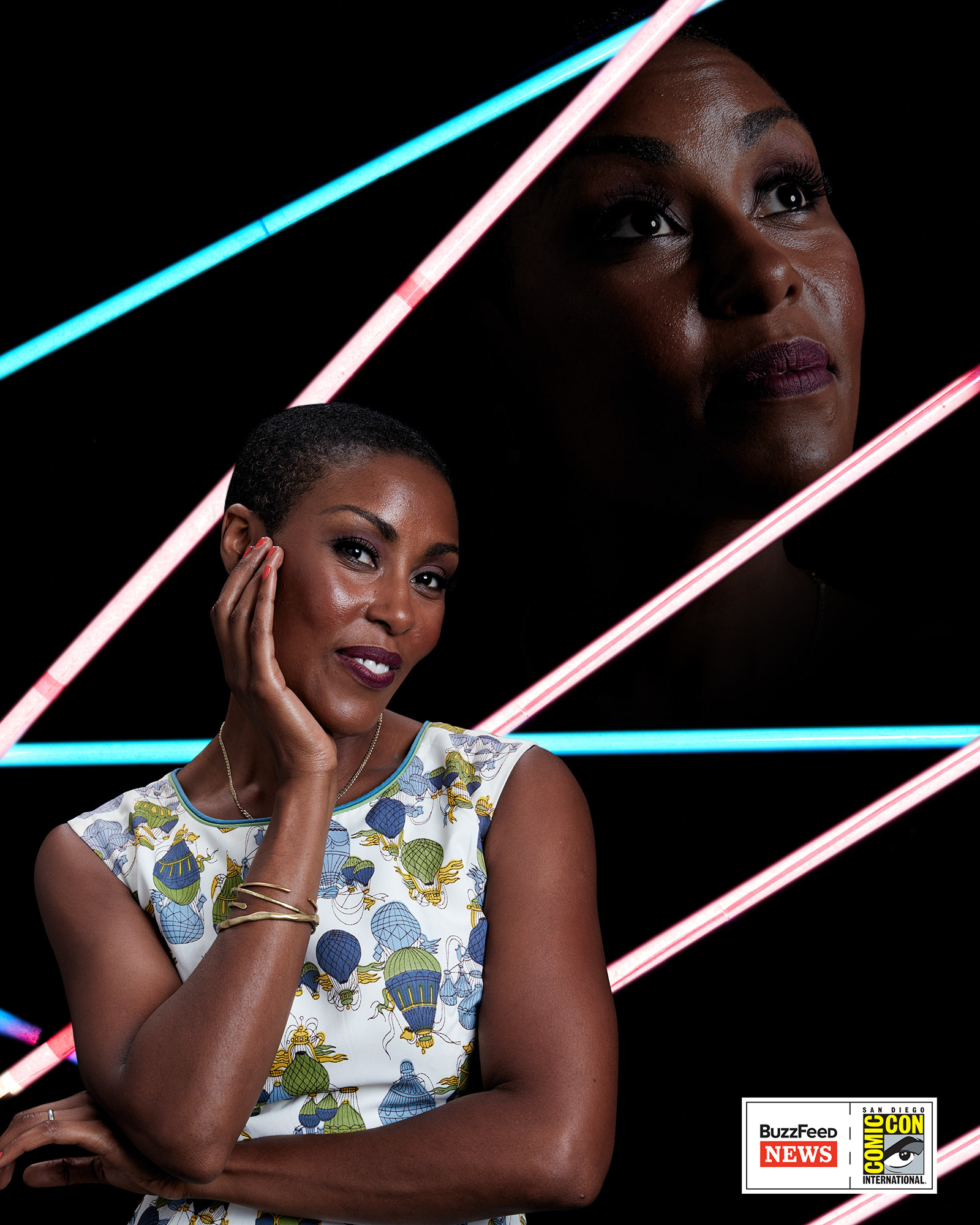 A Black Lightning sztárja, Christine Adams