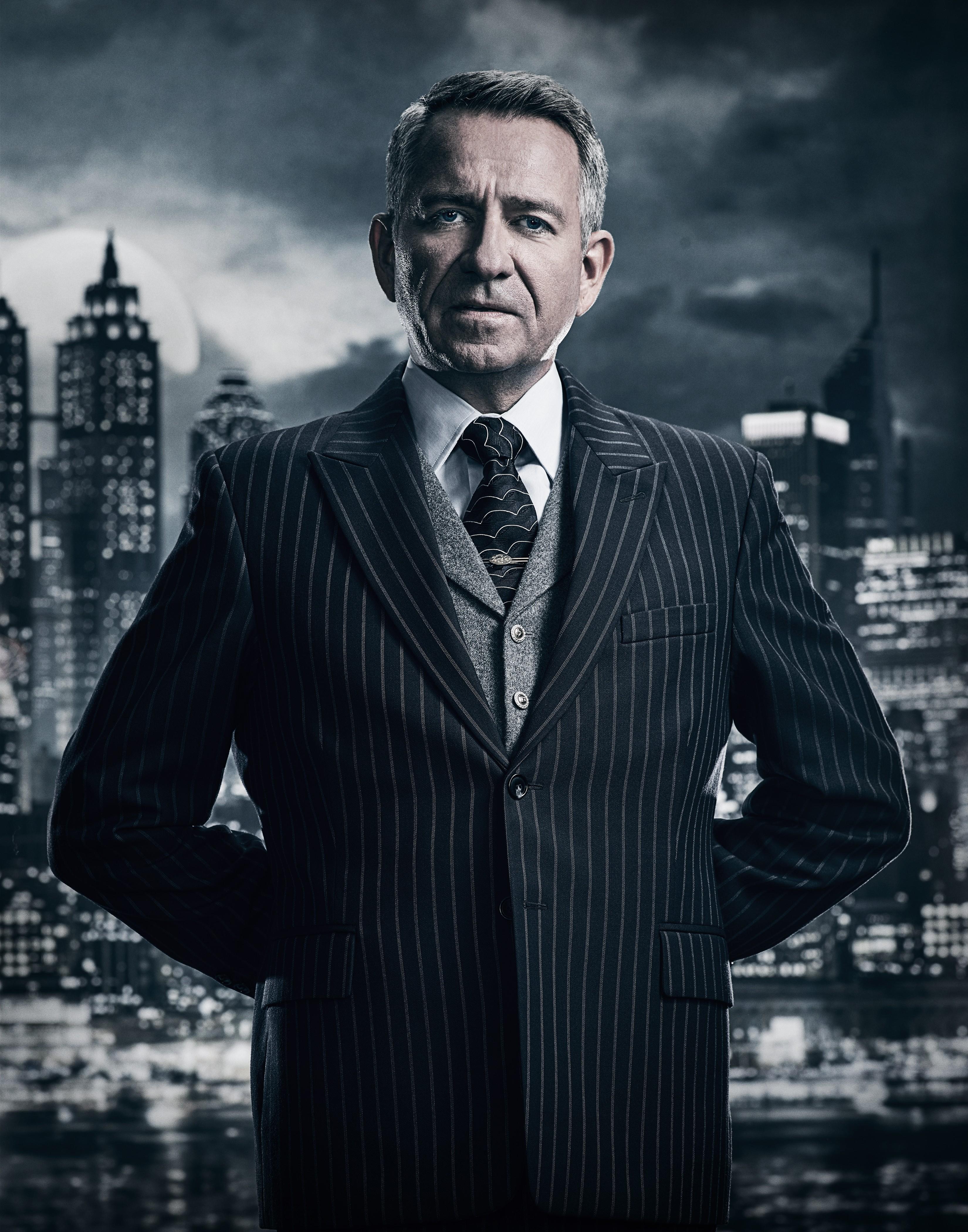 Sean Pertwee (Alfred Pennyworth)
