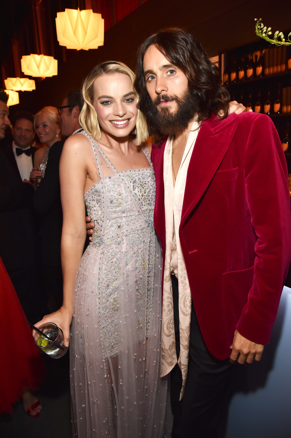 Margot Robbie és Jared Leto