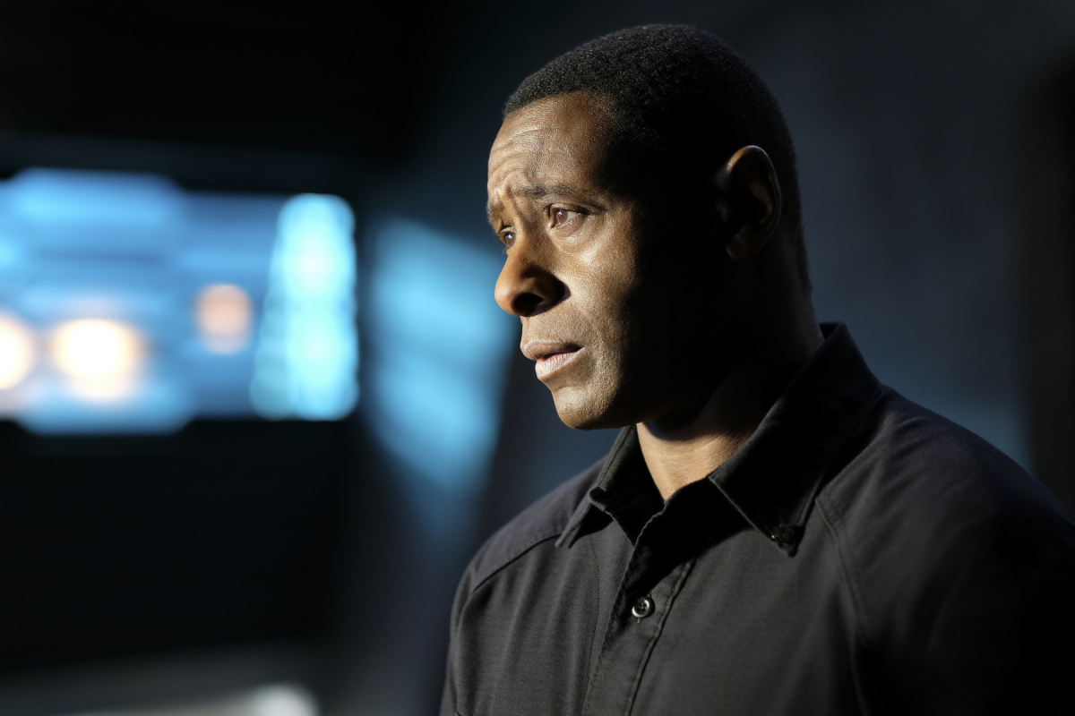 Supergirl -- 'In Search of Lost Time' -- Image Number: SPG315a_0053.jpg -- Pictured: David Harewood as Hank/ J'onn -- Photo: Robert Falconer/The CW -- © 2018 The CW Network, LLC. All Rights Reserved.