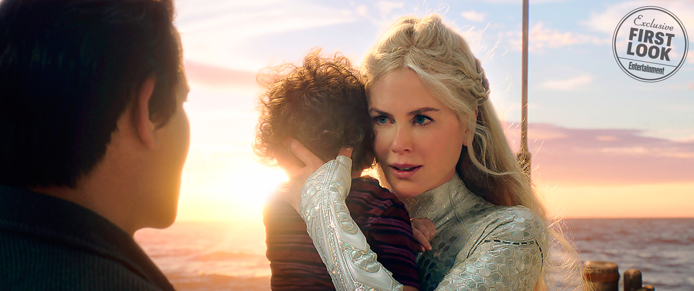 Atlanna királynő (Nicole Kidman), karjaiban a fiatal Arthur Curry-vel.<br /><br />Warner Bros. Pictures
