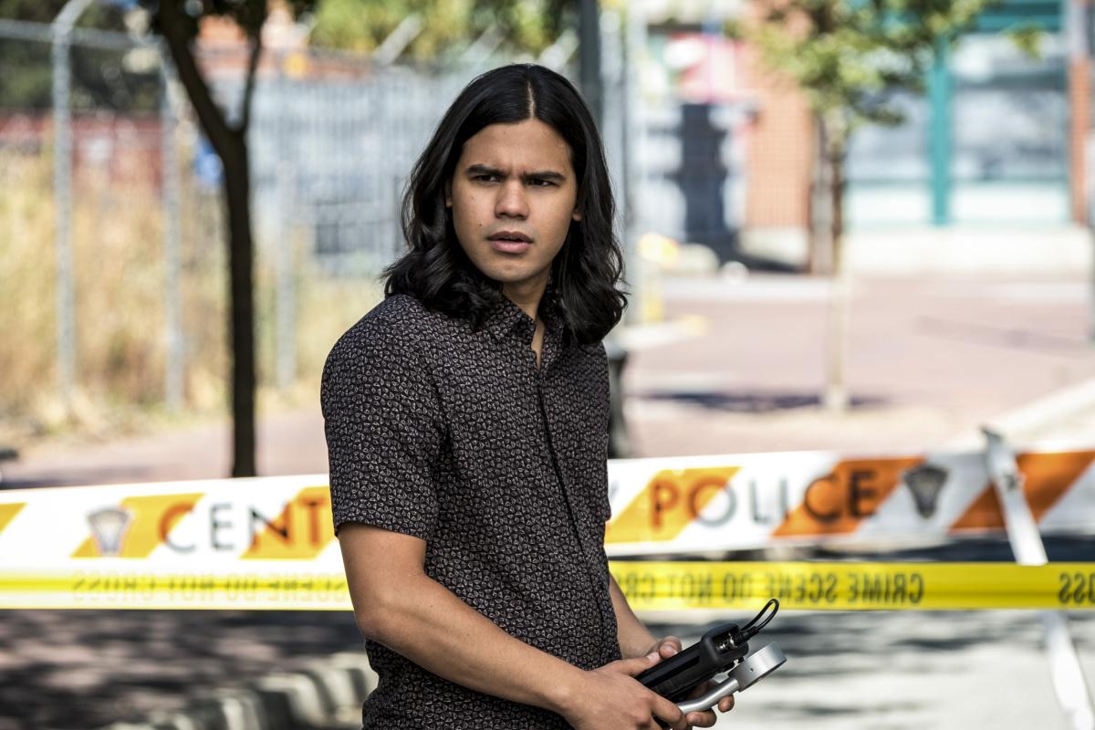"The Flash Season 5, Episode 1 — ""Nora"""