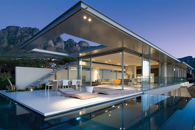 first-crescent-stunning-vacation-house-in-south-africa.jpg