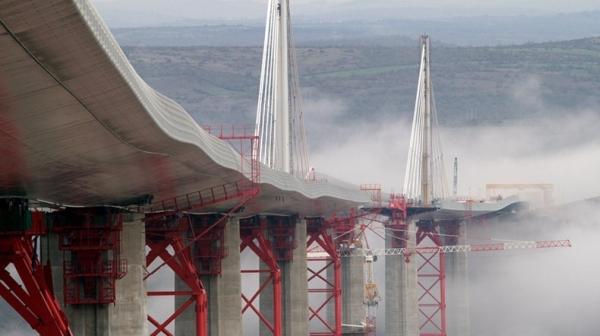 15_millau-viaduct-8_1.jpg