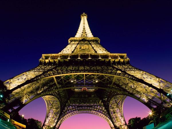 Eiffel-Tower-Night-Wallpaper.jpg