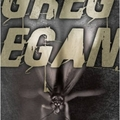 Mi jobb egy Egan könyvnél?