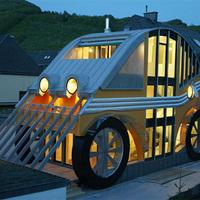 Dzsááááávazzz!!! Autó alakú ház Ausztriából!