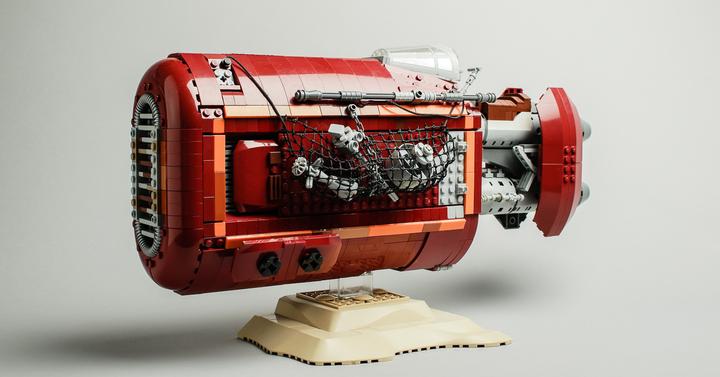 Ezeket a saját építésű LEGO Star Wars: Az ébredő Erő szetteket keresed