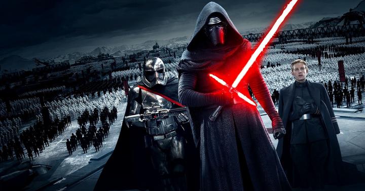 Star Wars: Az ébredő Erő - kritika a Sötét oldalról