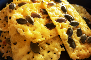 Egyszerű tökmagos sajtchips