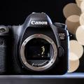 Nyár közepére jöhet a Canon 6D Mark II