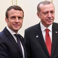 Erdogan szerint Franciaország terroristákat pártol