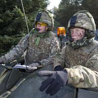 Nagy-Britannia új katonai kebelbarátja