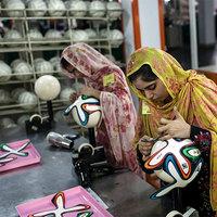 Ezek a nők készítik a férfiak játékszerét