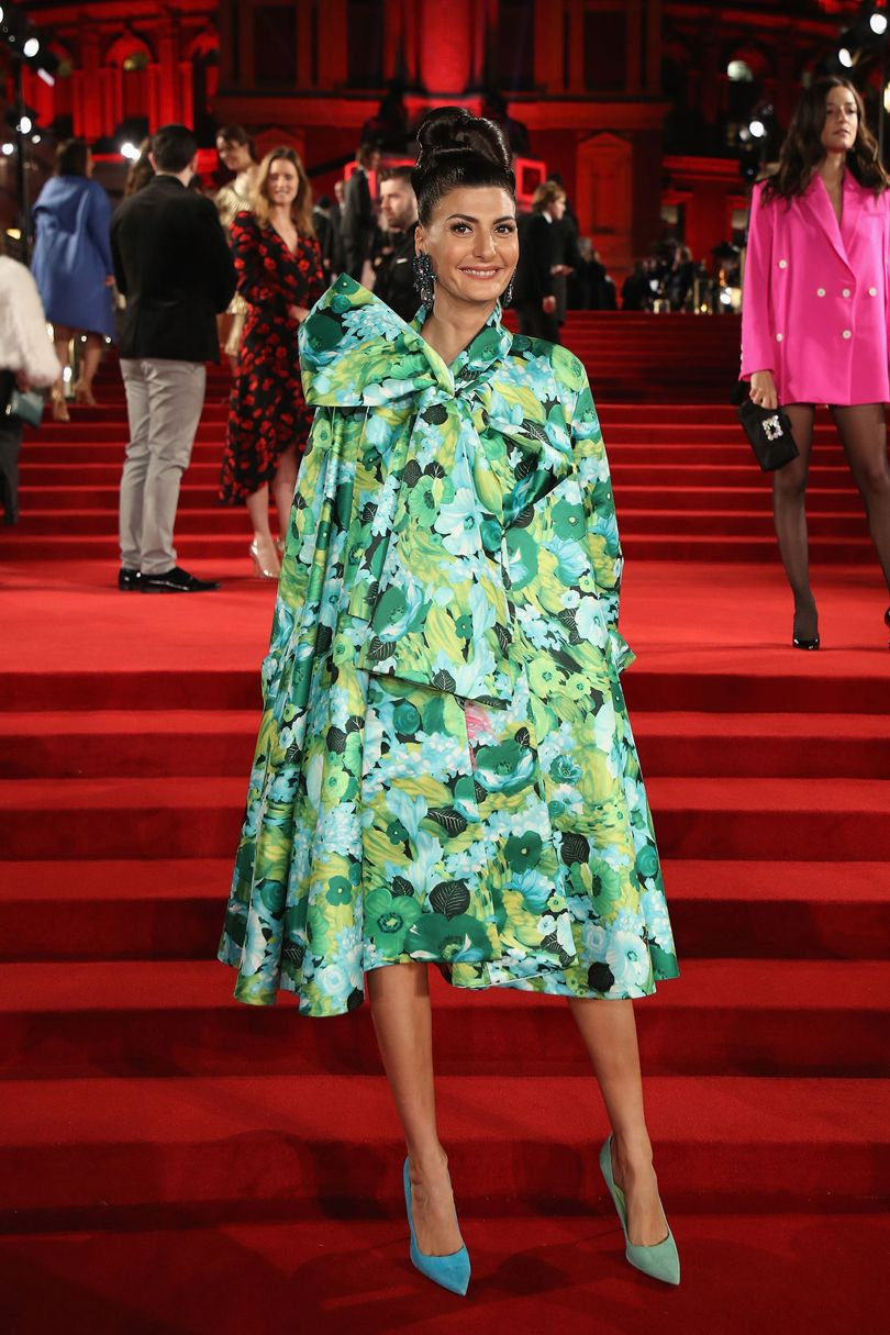 Giovanna Battaglia Engelbert Richard Quinn kreációját viseli, forrás: Vogue UK