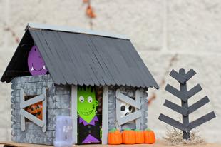 Halloween ház spatulából