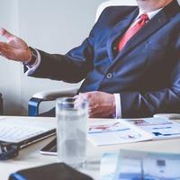 Miért is kell ügyvéd az ingatlan adás-vételhez? Hát ezért.