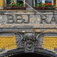 PIACOZZUNK: FELFEDEZŐ TÚRÁN A HUNYADI TÉRI VÁSÁRCSARNOKBAN (Discovering market hall no. 4 of Budapest at Hunyadi square)