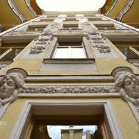 BUDAPEST REJTETT ARCAI: SZENT ISTVÁN KÖRÚT 13. (Hidden faces of Budapest: Szent István boulevard 13.)