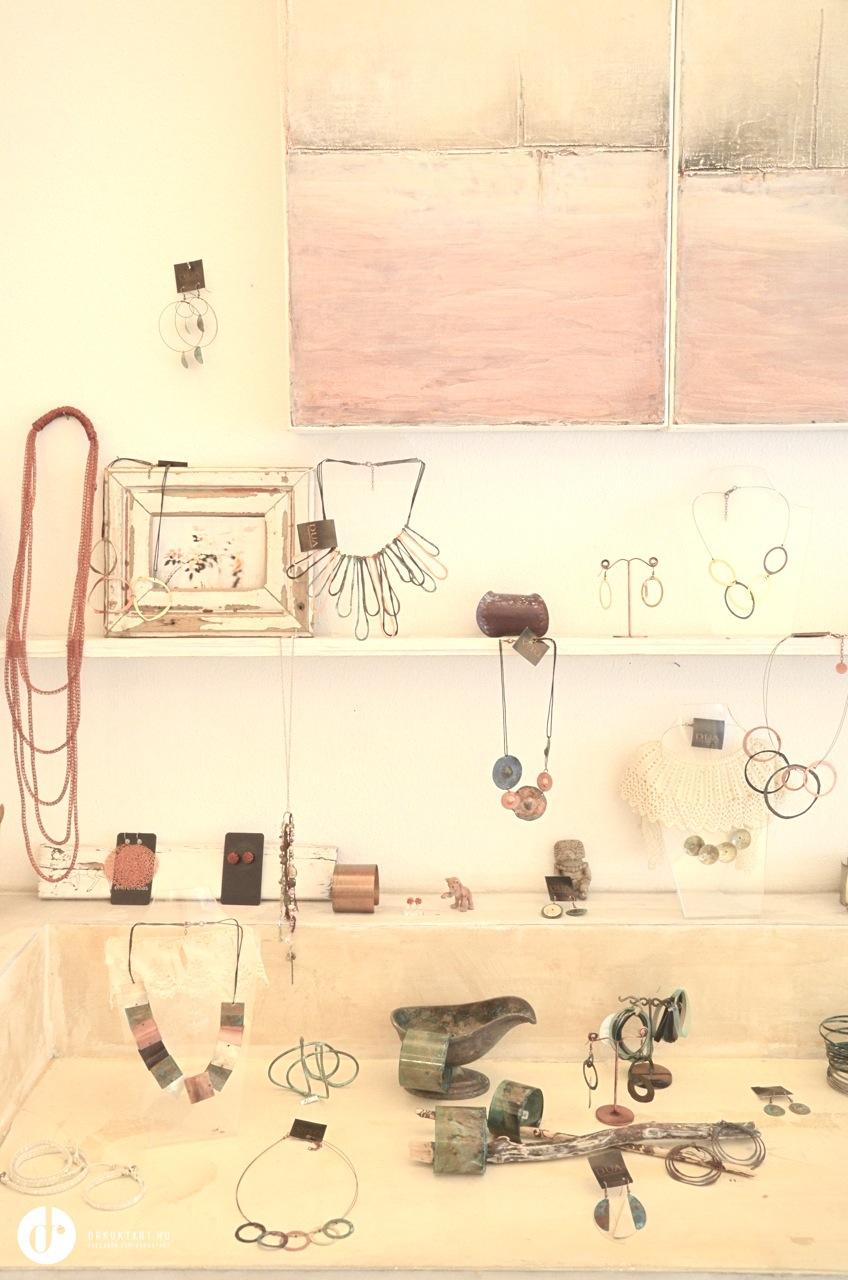 berlin legelb v l bb kszerboltja unico jewelry one of. Black Bedroom Furniture Sets. Home Design Ideas