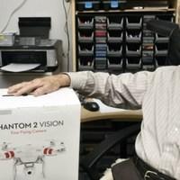 91 évesen vett egy Phantom-ot, rögtön el is vesztette
