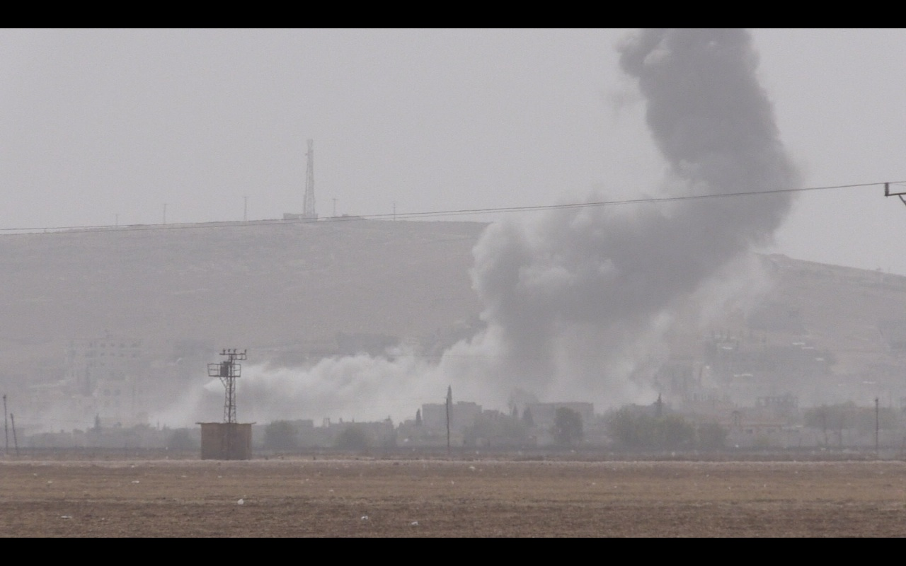 kobane_airstrike_1412974125.jpg_1280x800