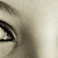 Nyitott szemmel