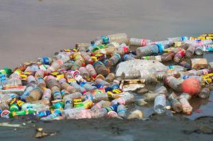 2050-re több műanyag lehet az óceánokban, mint hal