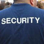 Két biztonsági őrt lőttek meg a Váci úti Tescóban