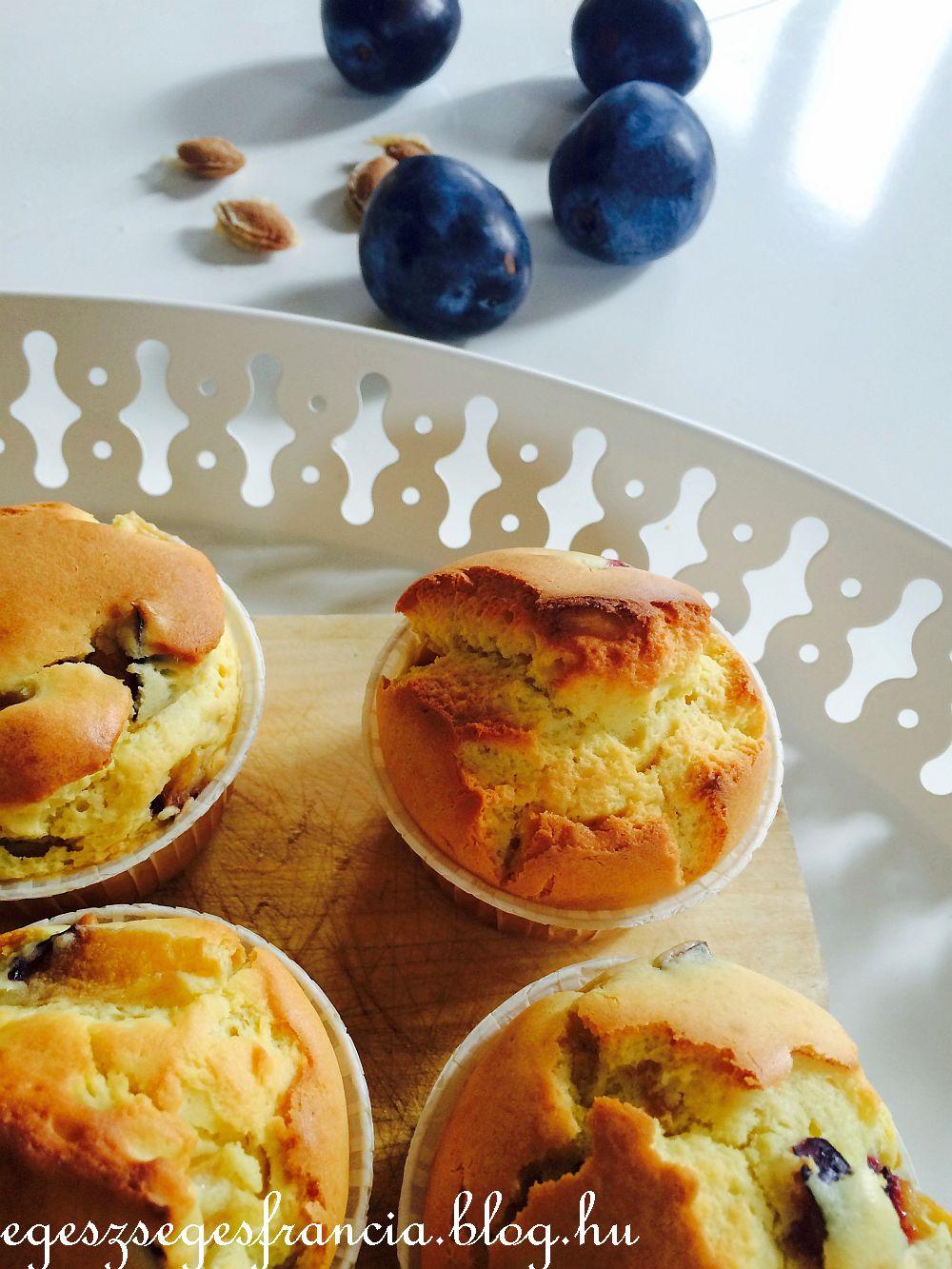 Szilvás-mandulakrémes muffin