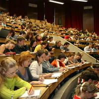 A Fidesz nem cicózott tovább, rárúgták az ajtót az egyetemekre