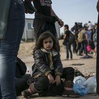 Rengeteg ártatlan gyerek, de Röszkén teljesen elpattant a húr