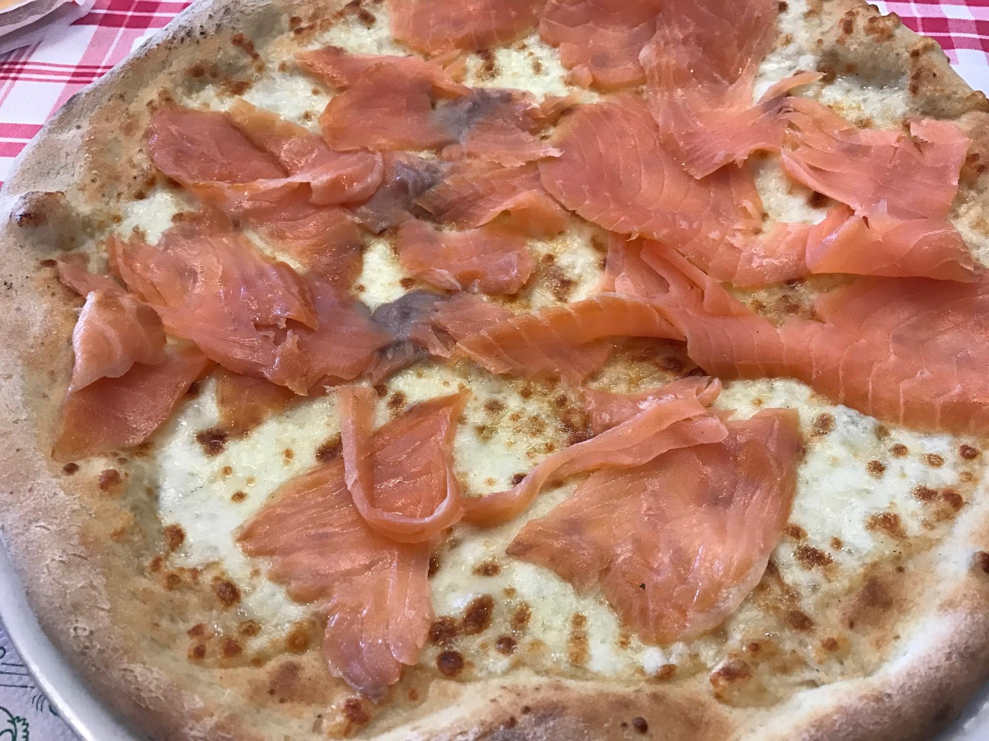 lazacos_pizza.jpg