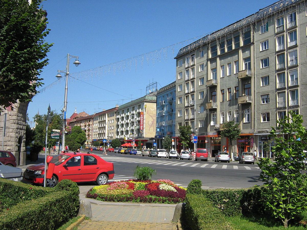 1200px-marosvasarhely_foter_2009-2.jpg