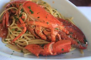 Olasz kalandok: koktélok, homár és pasta!
