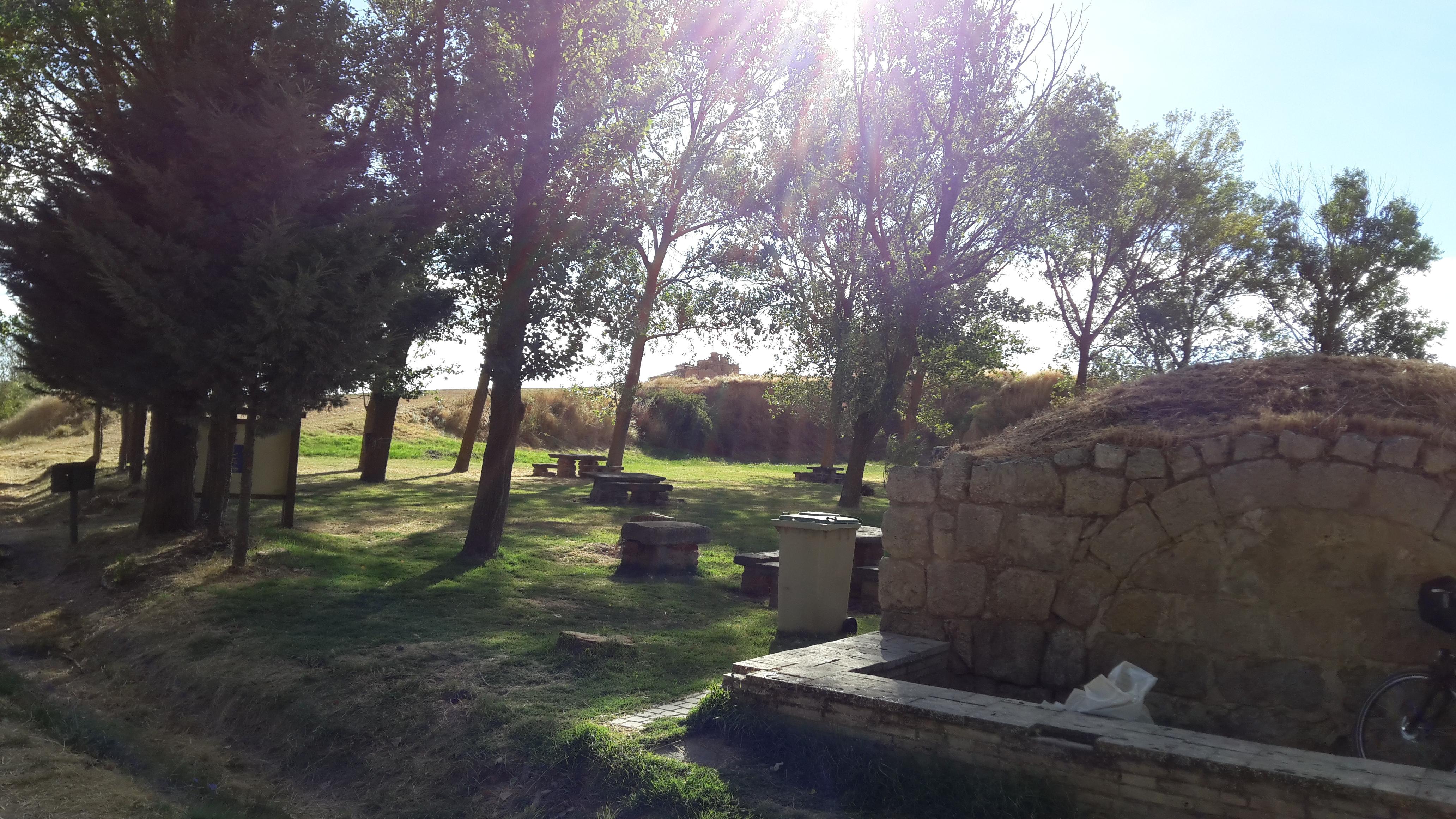 Boadilla del Camino előtt 1 km-rel