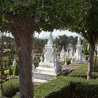 Nong Nooch, Thaiföld - buddhista templomok szobrai