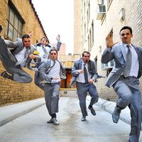 Inspiráció esküvői fotózáshoz: násznagyok