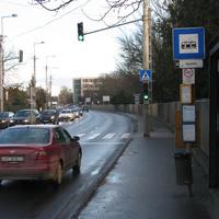 A hatóságokhoz fordulnak a helyiek a szűk sávok és a kerékpáros nyom ügyében