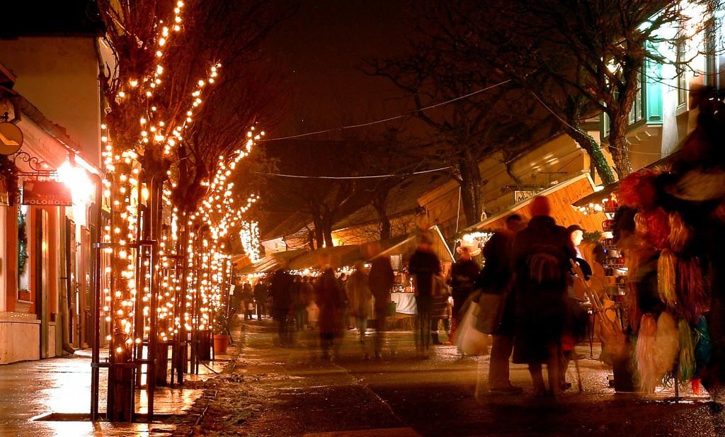 Tizenkettedik alkalommal öltözik ünnepi díszbe Szentendre