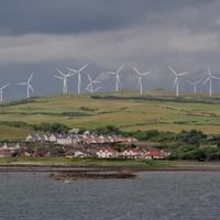 A közösségekhez fújja a szél a pénzt Skóciában