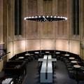 A világ legszebb könyvesboltja egy templomban borzolja a kedélyeket