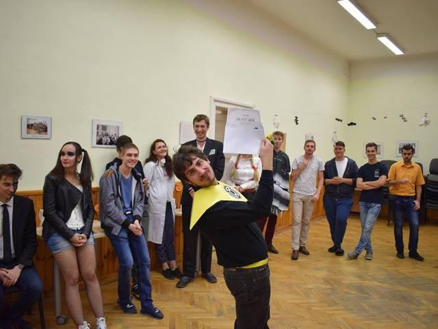 5vös-akták - Szia, csáó, HelloBécs: Kolis Halloween 2017