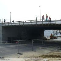 Hídfőszélesítés